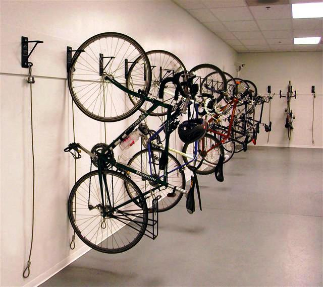 wall mount bike racks bike room solutions. Black Bedroom Furniture Sets. Home Design Ideas